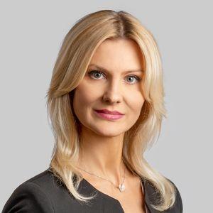 Anna  Szapiel