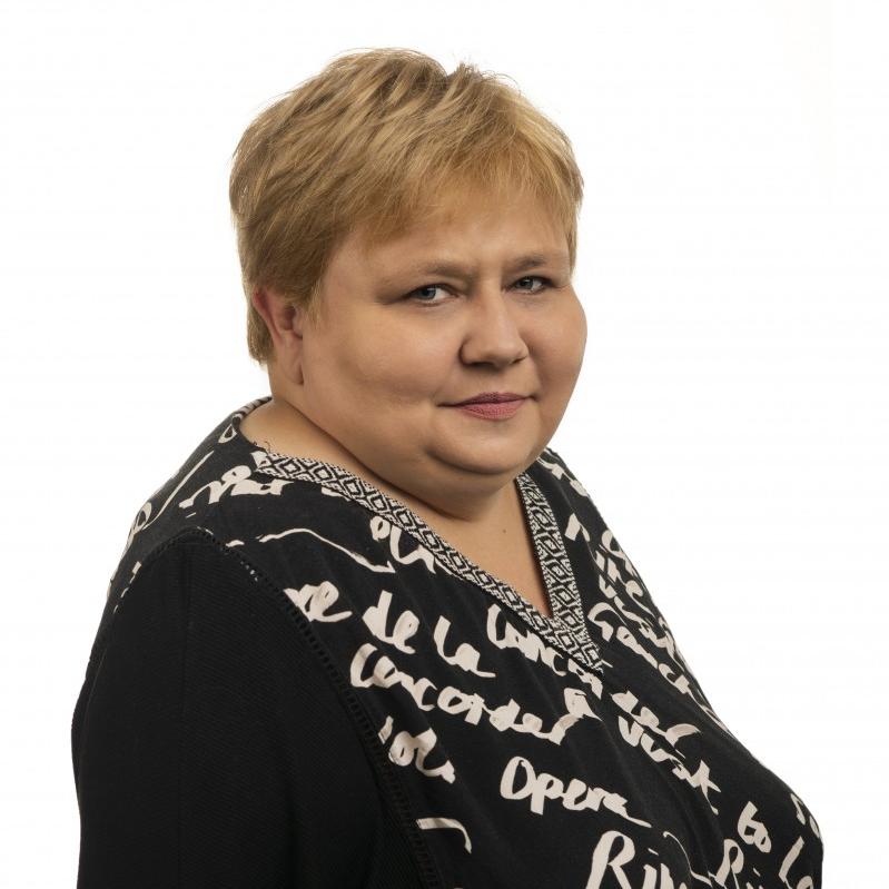 Anna  Falkowska